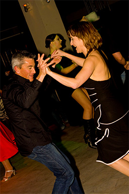 Learn to dance salsa in Christchurch